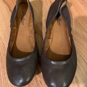 Lucky brand emmie flats in brown